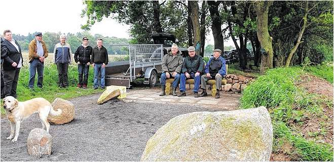 Rehwinkel heißt der kleine Rastplatz, den Driftsether Bürger in der Nähe der Sandgrube Weißenberg geschaffen haben. Foto Luise Bär