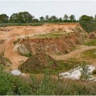 13 unterschiedliche Arten von Bauschutt will das Bülkauer Unternehmen Freimuth GmbH in der ehemaligen Sandgrube einlagern. Foto Edel
