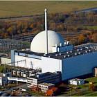 Das Kernkraftwerk Unterweser soll ab 2017 abgerissen werden. Foto: Wagner/DPA